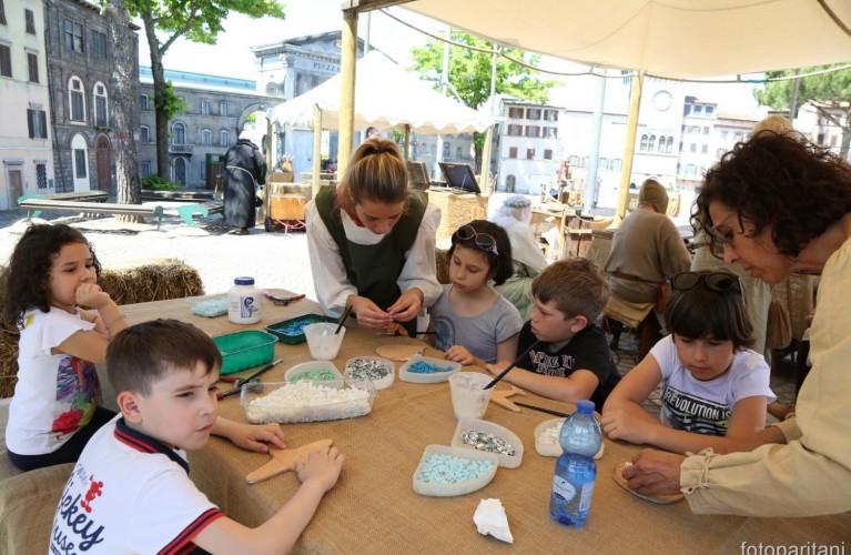 Mosaicando, laboratori gratuiti per bambini